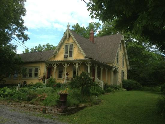 Bostwick House Bed & Breakfast: Bostwick House