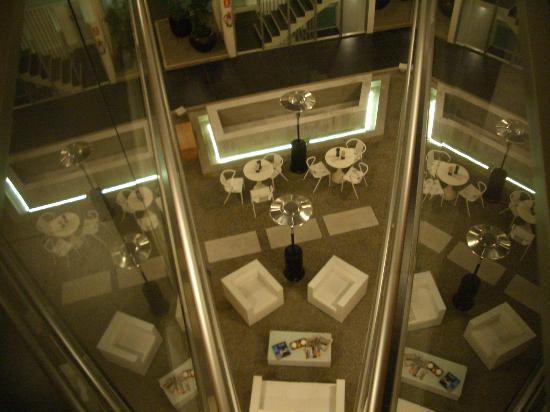 Costa Colonia Riverside Boutique Hotel: zona central del hotel
