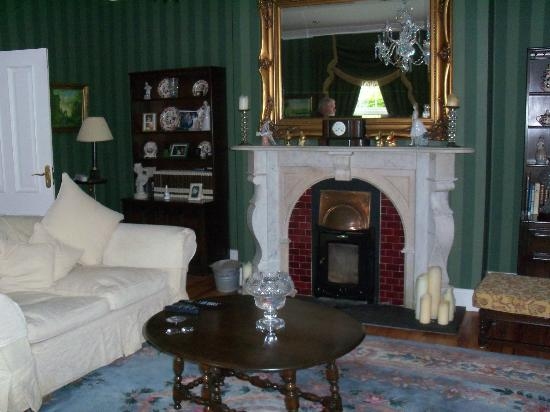 Beechwood Country House: Living Room