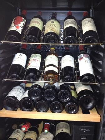 Le Kitch : Excellent French Wine selection