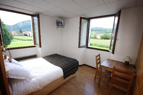 Saint-Jorioz, Francia: Une chambre des Tilleuls