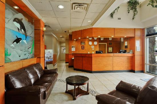 Days Inn - Vancouver Airport: Lobby