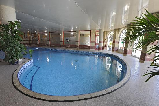 Indoor pool picture of riviera hotel weymouth tripadvisor - Hotels in weymouth with swimming pool ...