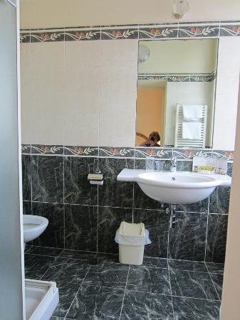 Relais Cavalcanti: Very nice bathroom