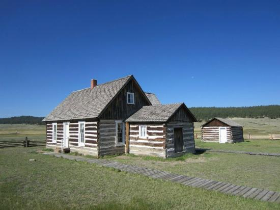 Florissant Fossil Beds National Monument: Hornbek Homestead