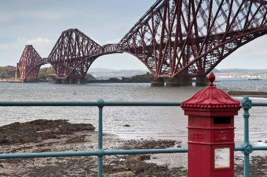 North Queensferry, UK: forth bridge