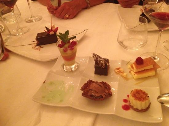 la farandole de dessert photo de restaurant de l hotel les roches rouges piana tripadvisor