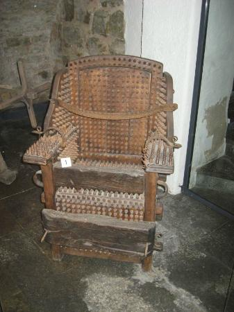 Medieval Crime Museum (Mittelalterliches Kriminalmuseum): Torture Chair