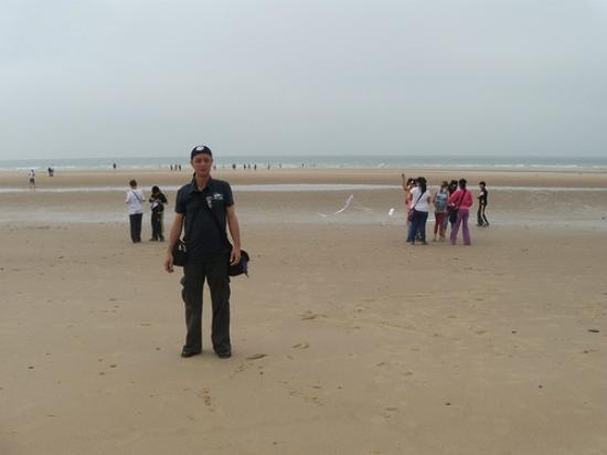 Calais Beach and sea