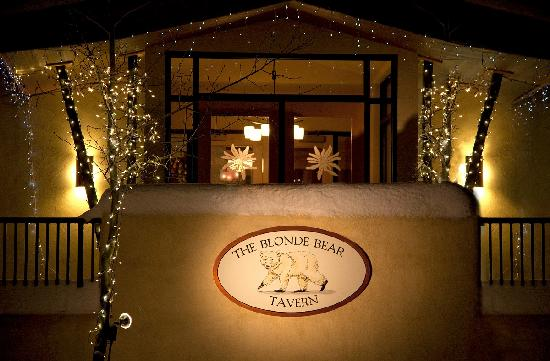 Blonde Bear Tavern in the Edelweiss Lodge & Spa