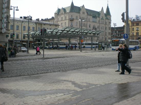 Hameenkatu : городская автобусная площадка