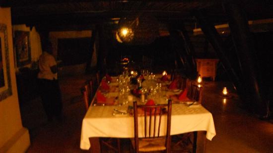 Cheetah Plains: Setup for dinner