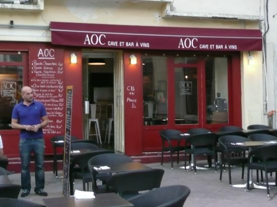 AOC 84 : The restaurant exterior