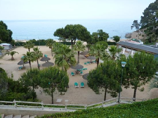 Calonge, Spanyol: The Beach and Beach Bar!