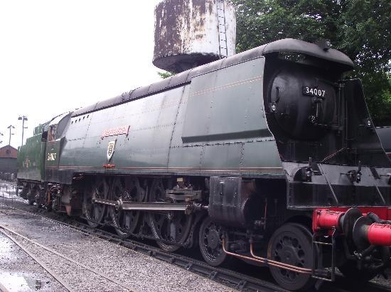 34007 >> 34007 Wadebridge Picture Of The Mid Hants Railway Watercress Line