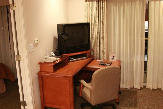 HYATT house San Diego/Sorrento Mesa: The TV.