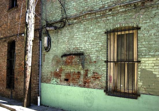 Photo Tours of San Francisco Day Tours: Green door.