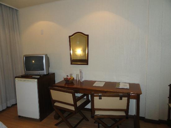 City Hotel Porto Alegre : A TV do quarto...