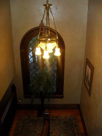 Historic Webster House: Stairway