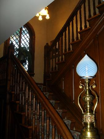 Historic Webster House : Stairway