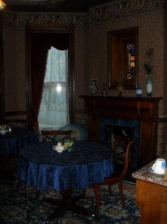 Historic Webster House : Breakkfast Dining