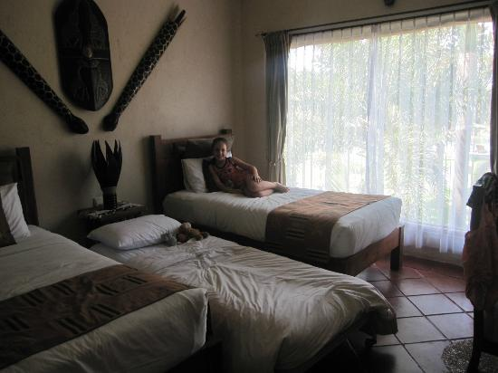 Mara River Safari Lodge : kids room