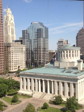 Sheraton Columbus at Capitol Square Hotel: awesome view from room w/ OH capitol foreground & landmark Art Deco Leveque Tower in L backgroun