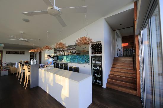 Capella Lodge : Bar and Coffee area