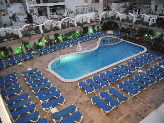 Aparthotel Miami Park: Pool