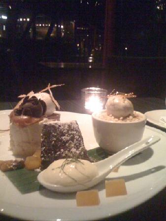 Spirit House: the dessert tasting plate (4 desserts)