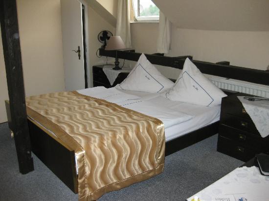 Boppard Hotel Ohm Patt: Bed