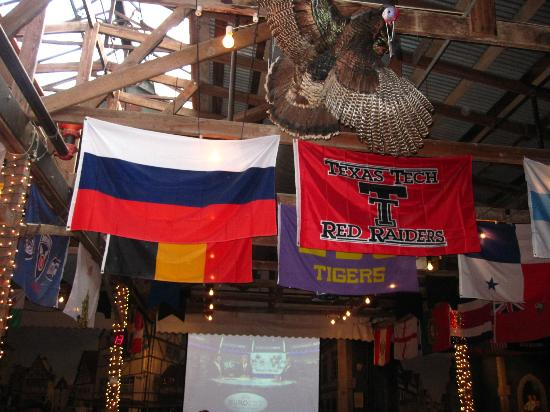 Fredericksburg Brewing Co.: flags at the back