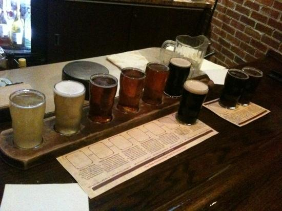 Half Moon Restaurant & Brewery: All this for $10!
