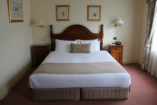Hotel Mountain Heritage - Blue Mountains: Bed