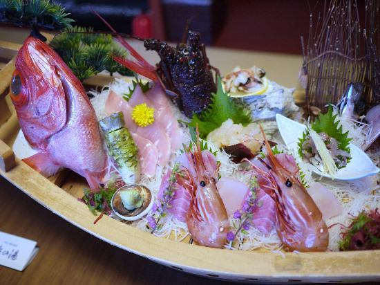 Hamanoyu: 夕食の舟盛り(2名分)