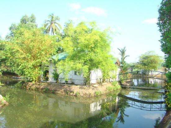 Contour Backwaters : Cottage