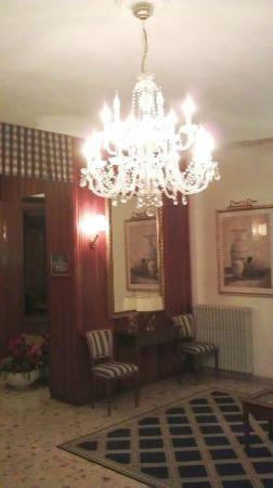 Albergo Hotel Admiral : Hotel lobby