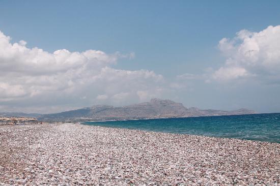 Kalathos Beach : Пляж у отеля Atrium Palace