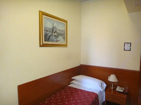Hotel Stromboli: room
