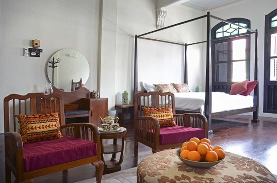 Noordin Mews: Shophouse Room 1