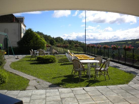 Auberge du Camp Romain: coin terrasse