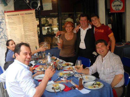 S. Aponal - Restorante 1251 Pizzeria : Ristorante 1251 Francesco con tutti noi.