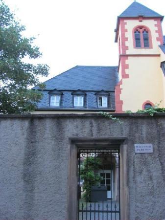 Kirche der Weissen Vater