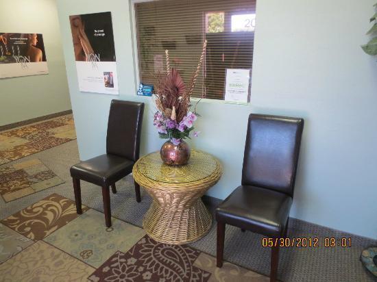 Episage Wellness Center : Waiting area