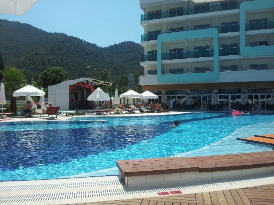 Casa De Maris Spa & Resort Hotel : Pool