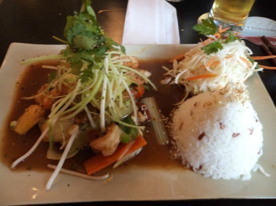 Restauracja Good Morning Vietnam: chicken in Asian spices
