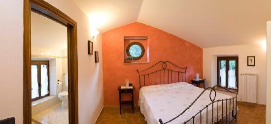 Casa di Sasso: una camera / one bedroom