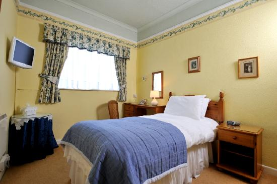 Dolvean House: Single room
