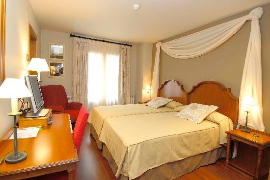 Hotel Diamo: Habitacion doble