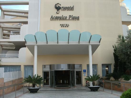 Grupotel Acapulco Playa: Hotel Eingang